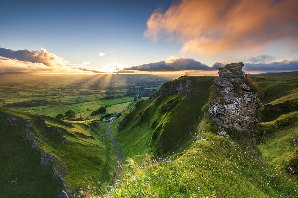 Sunrise above Edale Valley from Winnats Pass, Hope Valley, Peak District, Derbyshire, England, United Kingdom, Europe