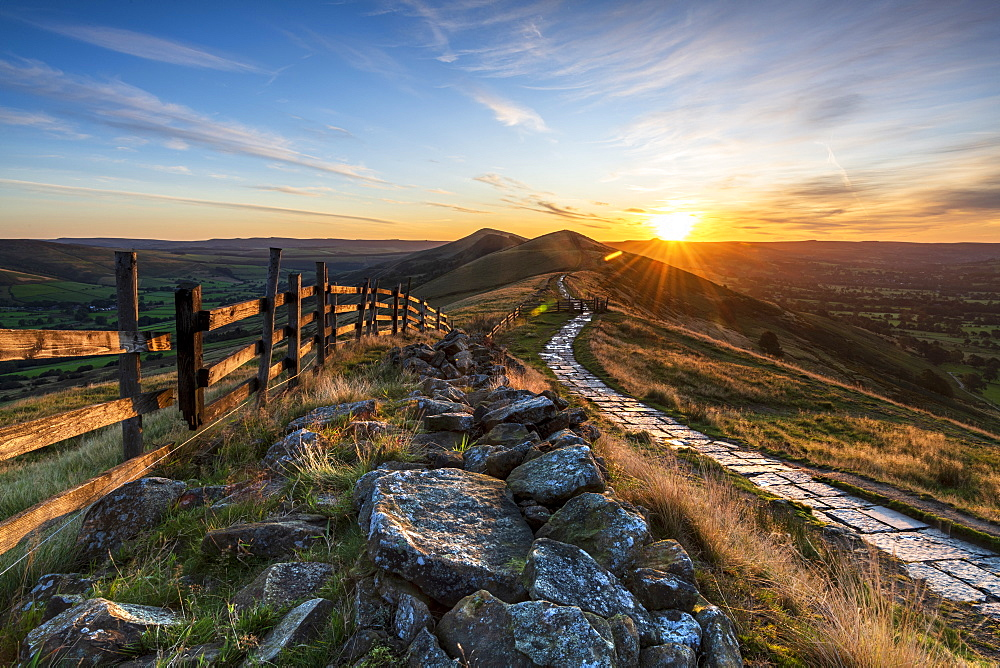 Sunrise above Lose Hill and Back Tor from Mam Tor, Hope Valley, Derbyshire