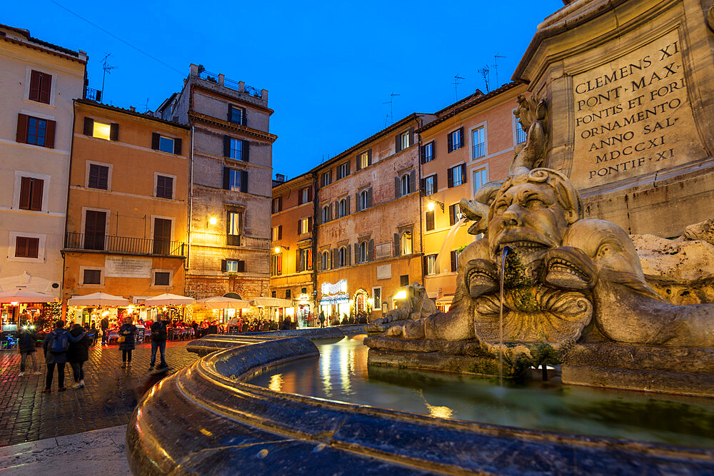 Piazza della Rotunda and water feature near Pantheon, Rome, Lazio, Italy, Europe