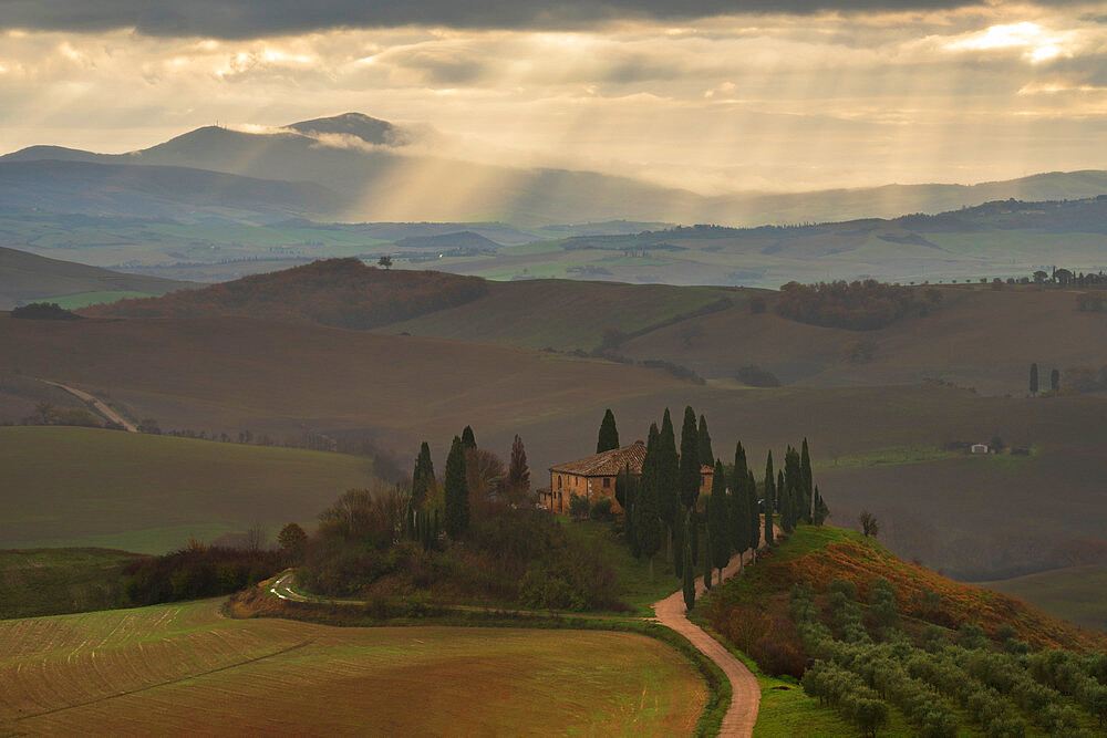 Podere Belvedere and Tuscan countryside with dramatic sky, San Quirico d'Orcia, Tuscany, Italy, Europe - 1306-695