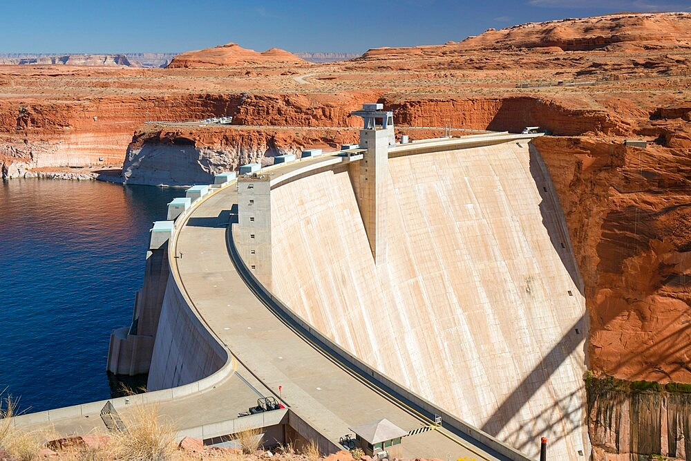 Glen Canyon Dam on the Colorado River, Lake Powell, Glen Canyon National Recreation Area, Page, Arizona, United States of America, North America - 1310-233