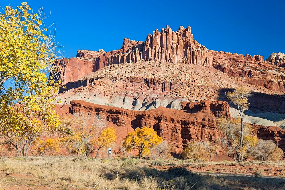The Castle, an iconic sandstone peak forming part of the Waterpocket Fold, autumn, Fruita, Capitol Reef National Park, Utah, USA - 1310-242
