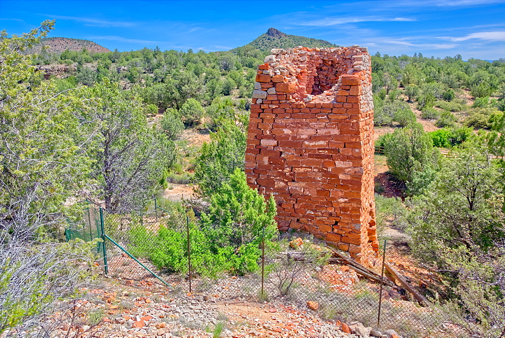 Historic Puntenney Kiln in Prescott National Forest, one of few relics left of the ghost towns of Puntenney and Cedar, Arizona, United States of America, North America