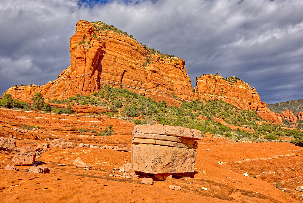 Eastern Mitten Ridge viewed from the Cow Pies section of Hangover Trail in Sedona, Arizona, United States of America, North America