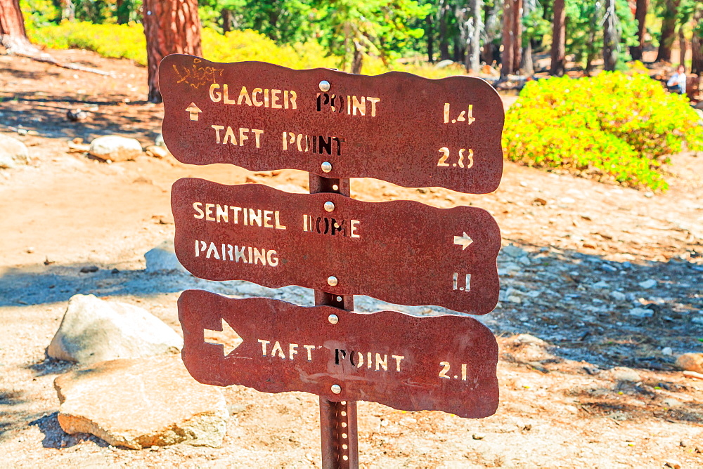Yosemite National Park sign of Glacier Point, Taft Point & Sentinel Dome, California, United States of America