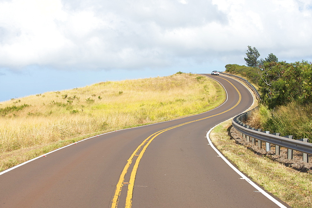 Winding road on Kauai, Hawaii, United States of America, North America