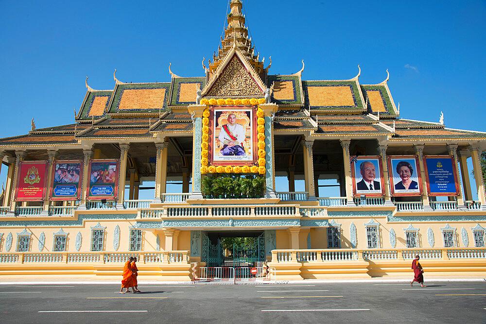 Royal Palace complex, Phnom Penh, Cambodia, Indochina, Southeast Asia, Asia - 1315-285