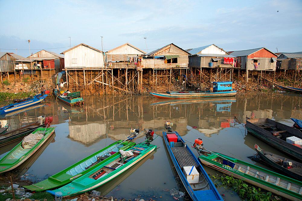 Houses on stilts at Tonle Sap Lake, Cambodia, Indochina, Southeast Asia, Asia