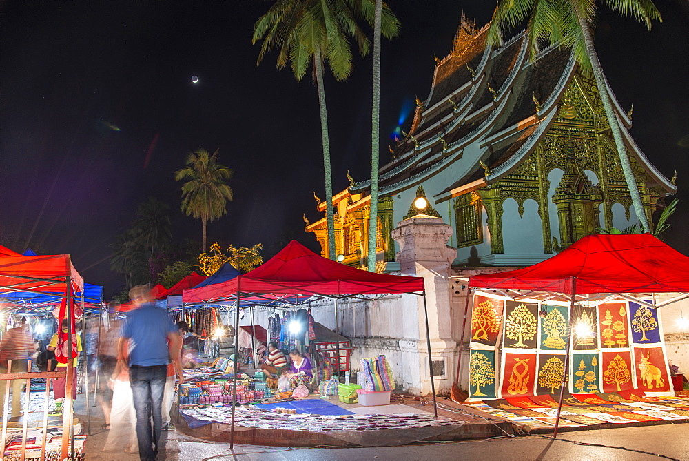 Night market outside the Royal Palace in Luang Prabang - 1315-330