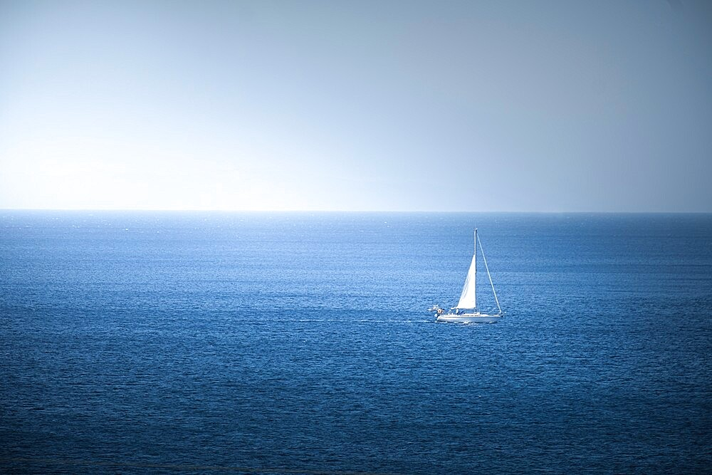 Lonely sail boat in the sea, Antiparos, Greece - 1336-125