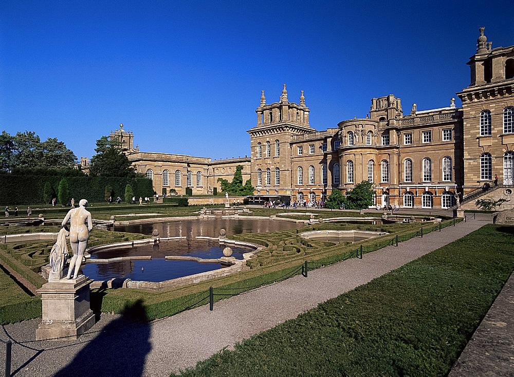 The water terrace garden, Blenheim Palace, UNESCO World Heritage Site, Oxfordshire, England, United Kingdom, Europe