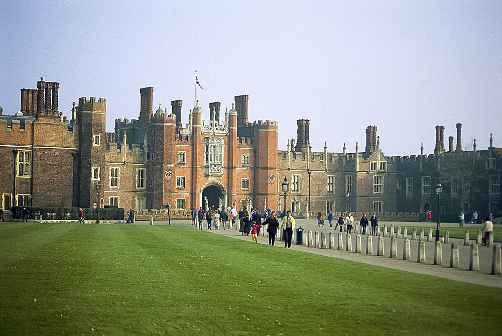 Hampton Court Palace, Greater London, England, United Kingdom, Europe