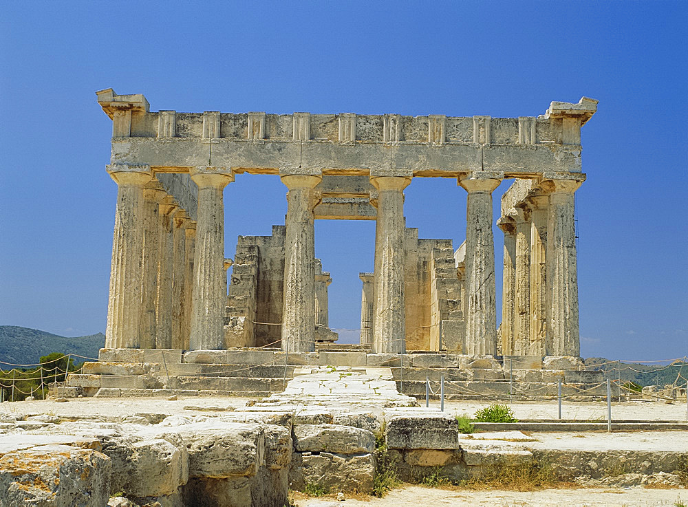 Temple of Aphaia, Aegina, Argo-Saronic Islands, Greece, Europe