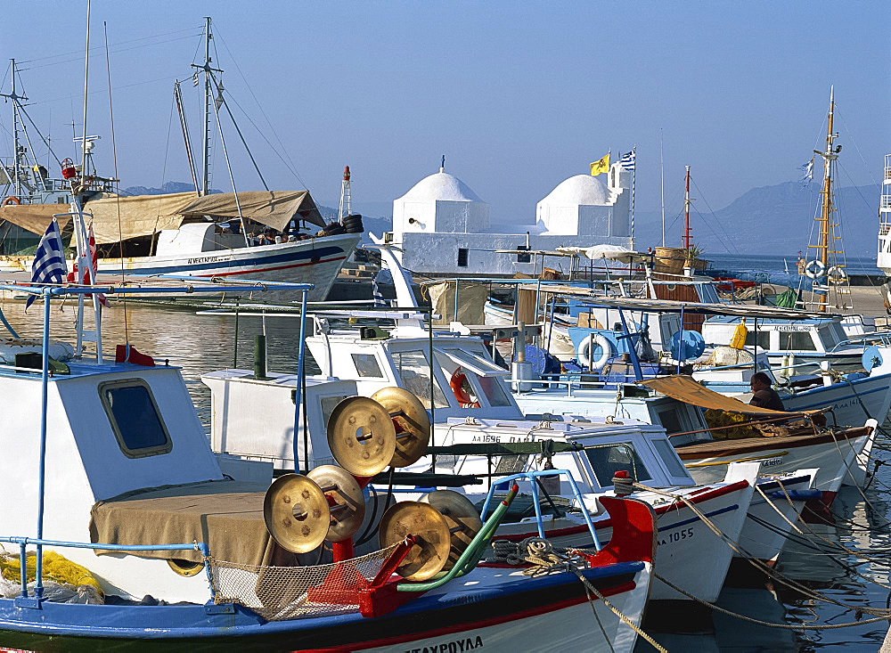 Fishing boats moored in the harbour at Aegina Town, Aegina, Argo Saronic Islands, Greek Islands, Greece, Europe