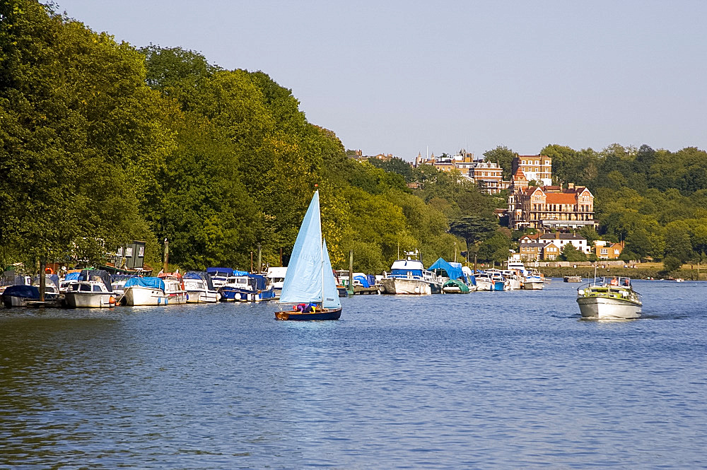 Boats on the River Thames near Richmond-upon-Thames, Surrey, England, United Kingdom, Europe