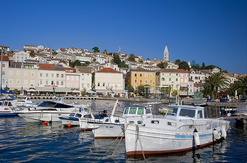 Boats in the harbour in Mali Losinj on the island of Losinj in the Kvarner region, Croatia, Adriatic, Europe