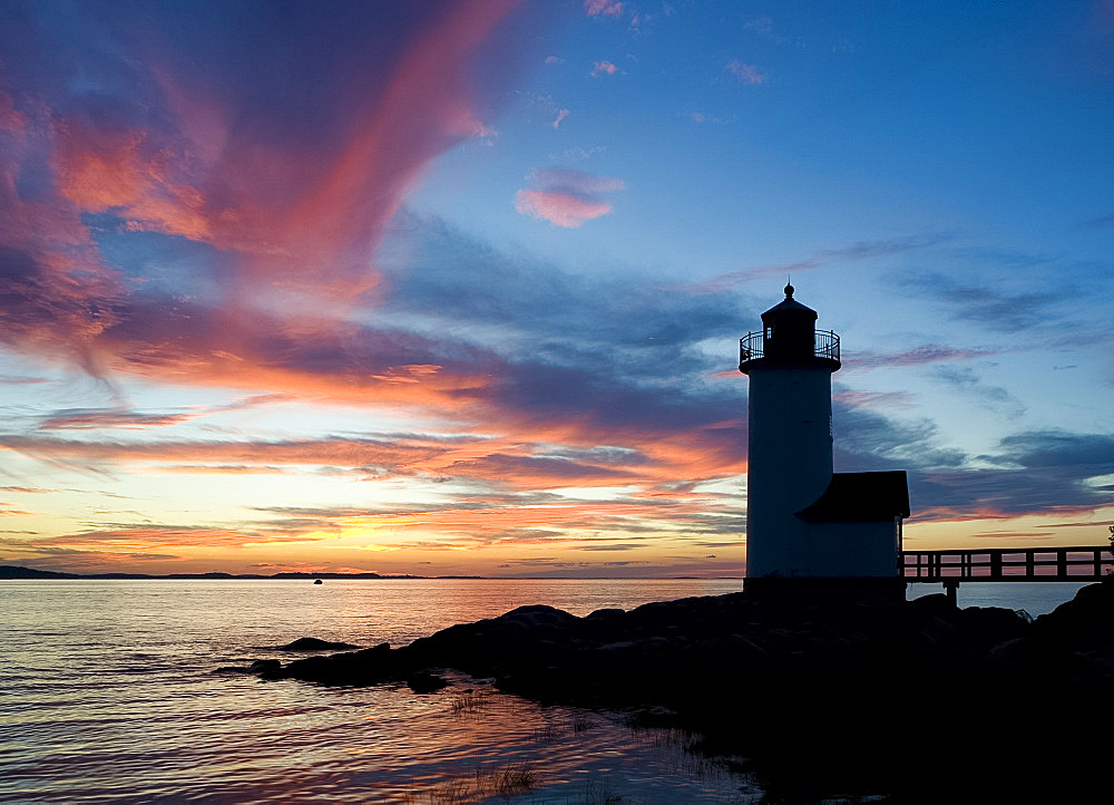 Silhouette of the Annisquam lighthouse at sunset, Annisquam near Rockport, Massachussetts, New England, United States of America, North America