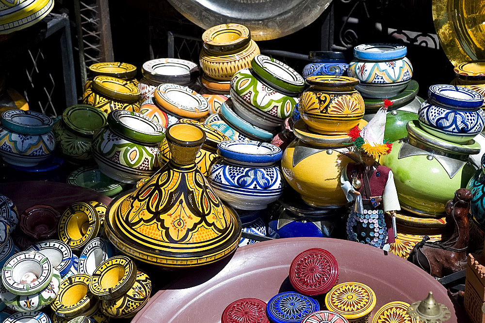Colourful ceramic pots for sale in the souk in Marrakech, Morocco, North Africa, Africa
