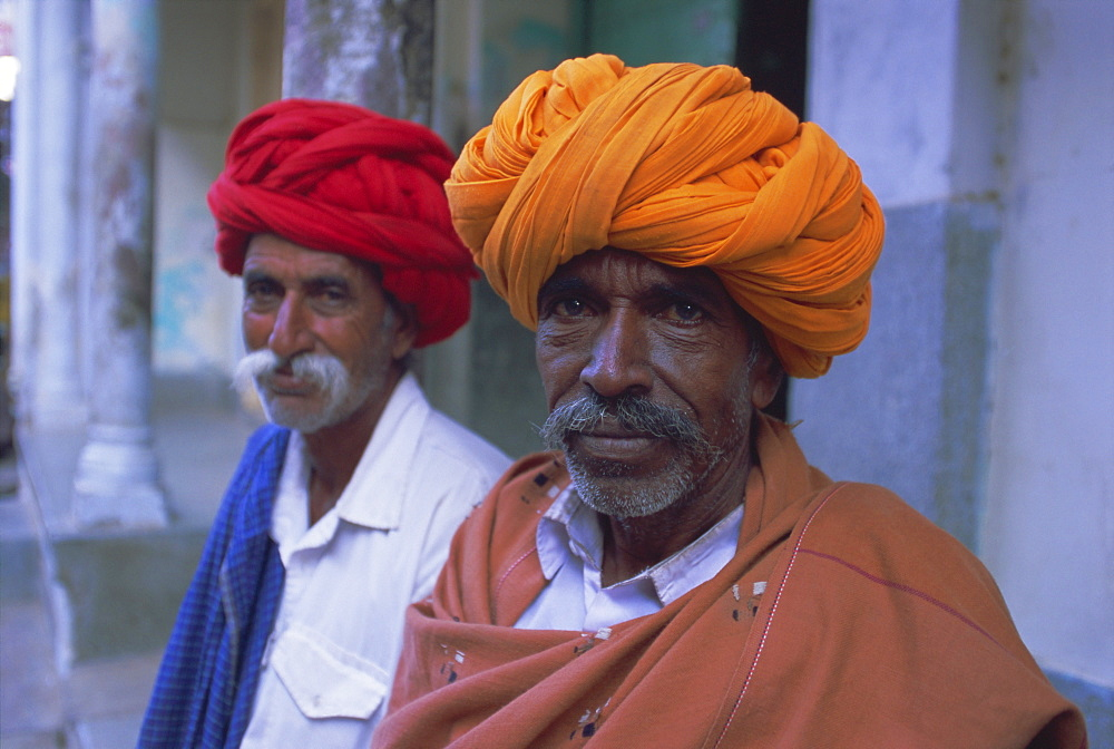 Two men in colourful turbans, Pushkar Camel Fair, Pushkar, Rajasthan State, India, Asia - 252-10002
