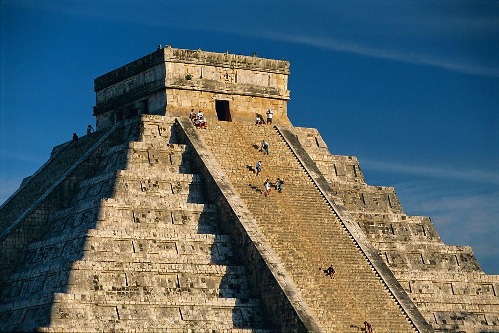 Mayan ruins, Chichen Itza, UNESCO World Heritage Site, Yucatan, Mexico, Central America - 252-10283