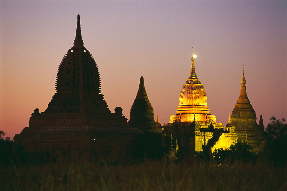 Ancient temples and pagodas at dusk, Bagan (Pagan), Myanmar (Burma), Asia