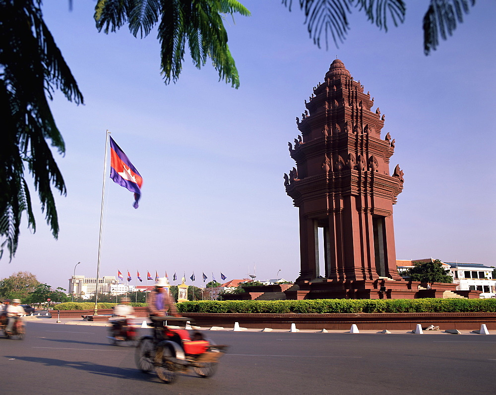 The Independence Monument, Phnom Penh, Cambodia, Indochina, Southeast Asia, Asia