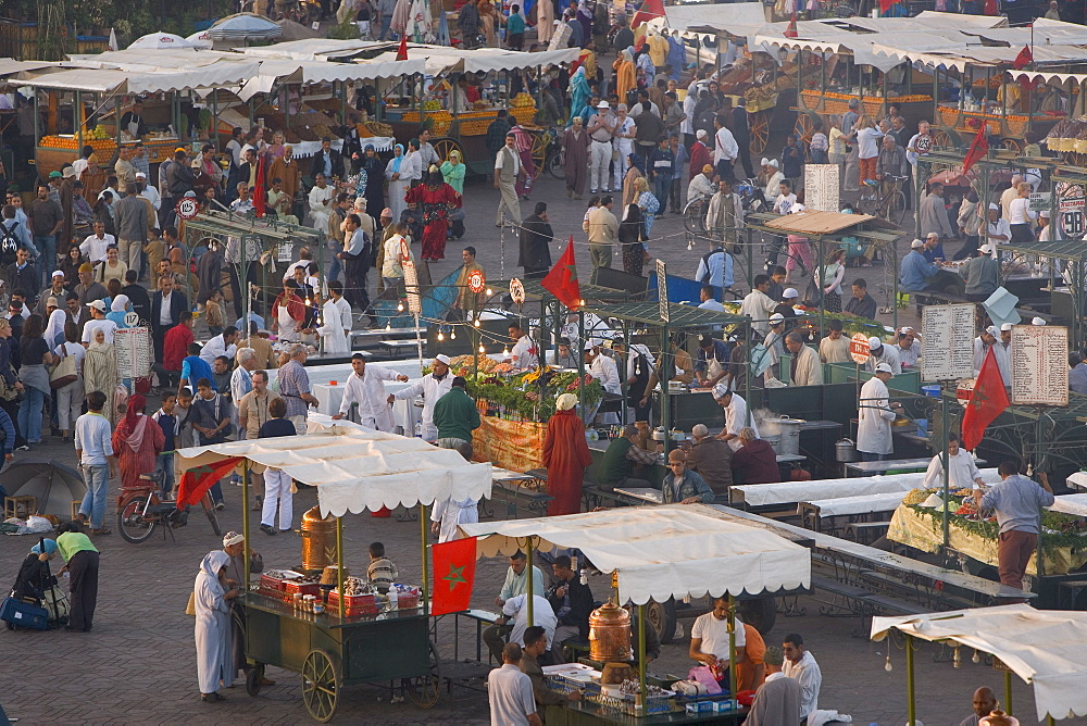 Food stalls in the evening, Djemaa el Fna, Marrakesh, Morocco, North Africa, Africa