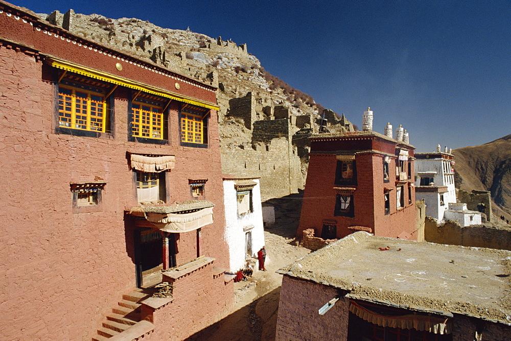 Buildings at Ganden Monastery near Lhasa, Tibet, China, Asia
