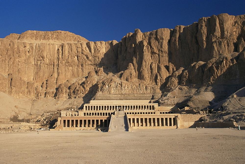 Temple of Hatshepsut, Deir el-Bahri, West Bank, Thebes, UNESCO World Heritage Site, Egypt, North Africa, Africa