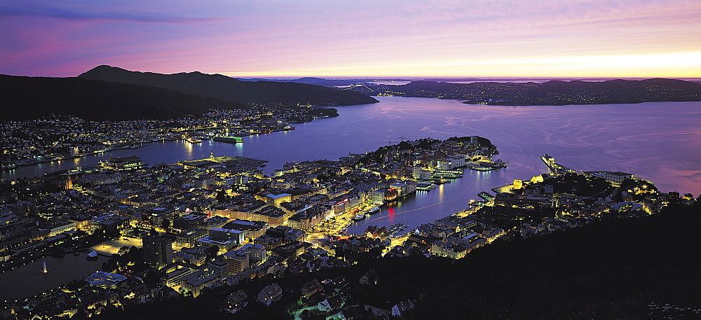 Bergen, Norway - 252-8444