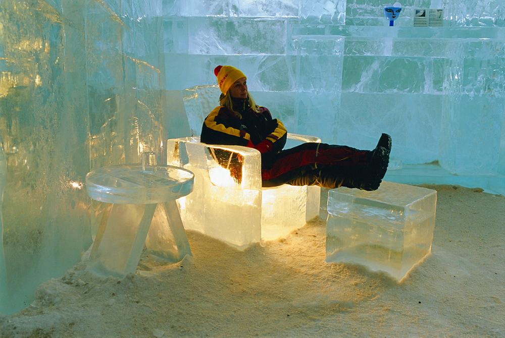 The Ice Hotel, near Kiruna, Jukkasjarvi, Lappland, Sweden, Scandinavia, Europe - 252-8611