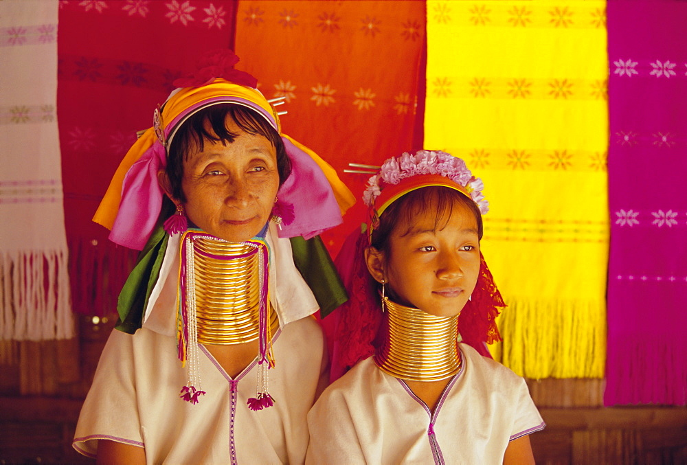 Portrait of two 'Long necked' Padaung tribe women, Mae Hong Son Province, northern Thailand, Asia