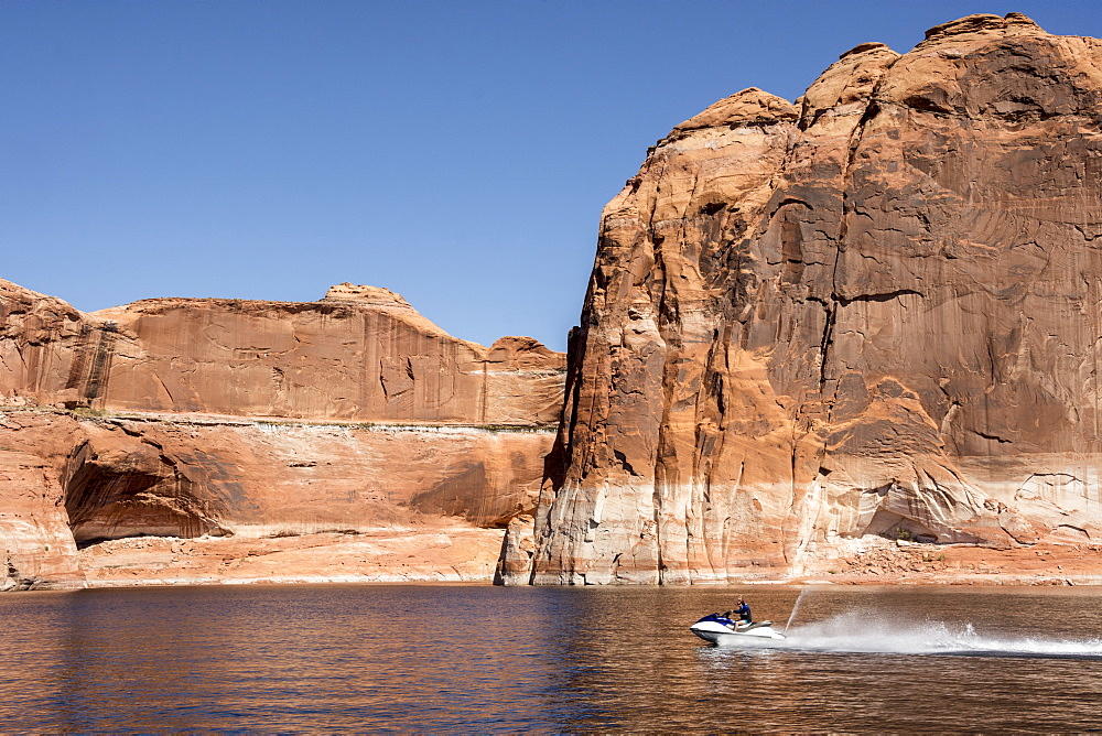 Escalante River Arm, Lake Powell, Utah, United States of America, North America - 29-5446