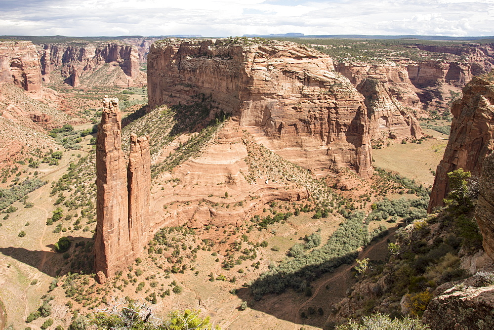 Spider Rock, Canyon de Chelly National Monument, Arizona, United States of America, North America - 29-5455
