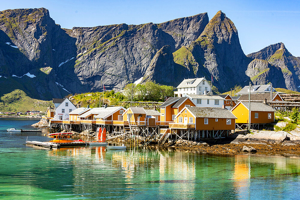 Fishing village on Reinefjorden, Saknesoya, Lofoten Islands, Norway, Scandinavia, Europe - 29-5561