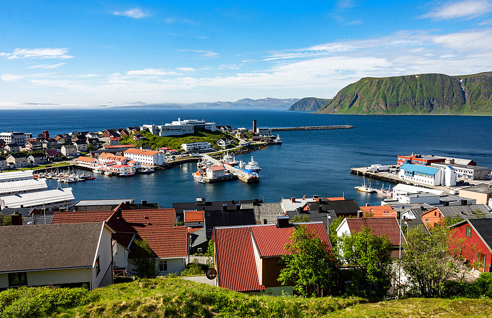 Honningsvag, the world's most northerly town, Finnmark, Norway, Scandinavia, Europe - 29-5564