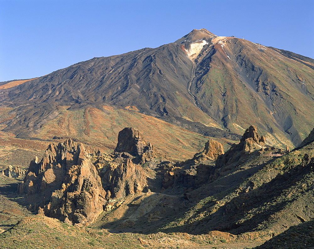 Rocks and peak of Mount Teide from Llano de Ucanca, on Tenerife, Canary Islands, Spain, Atlantic, Europe