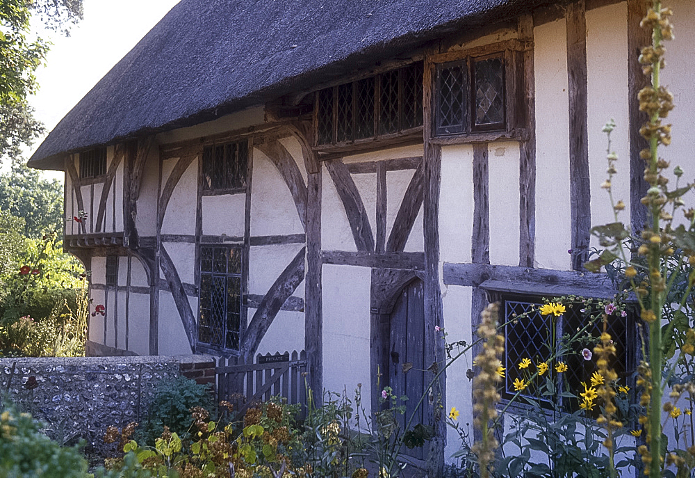 Clergy House, Alfriston, Sussex, England *** Local Caption ***