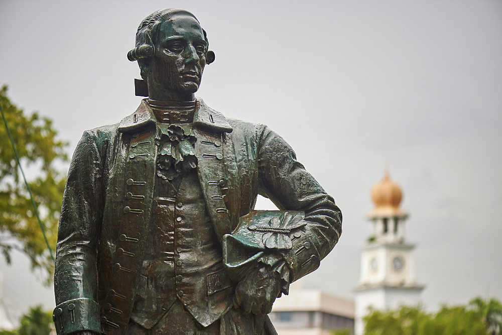 Statue of Captain Francis Light, Fort Cornwallis, Penang. Light founded the British colony of Penang in 1786. - 358-585