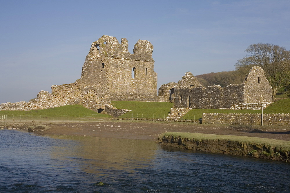 Ogmore castle beside the Ewenny River on a sunny spring afternoon, Glamorgan, Wales, United Kingdom, Europe - 365-3859
