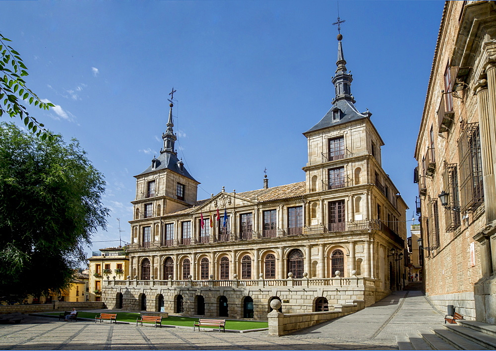 City hall, Plaza del Ayuntamiento, Toledo, Castile-La Mancha, Spain, Europe