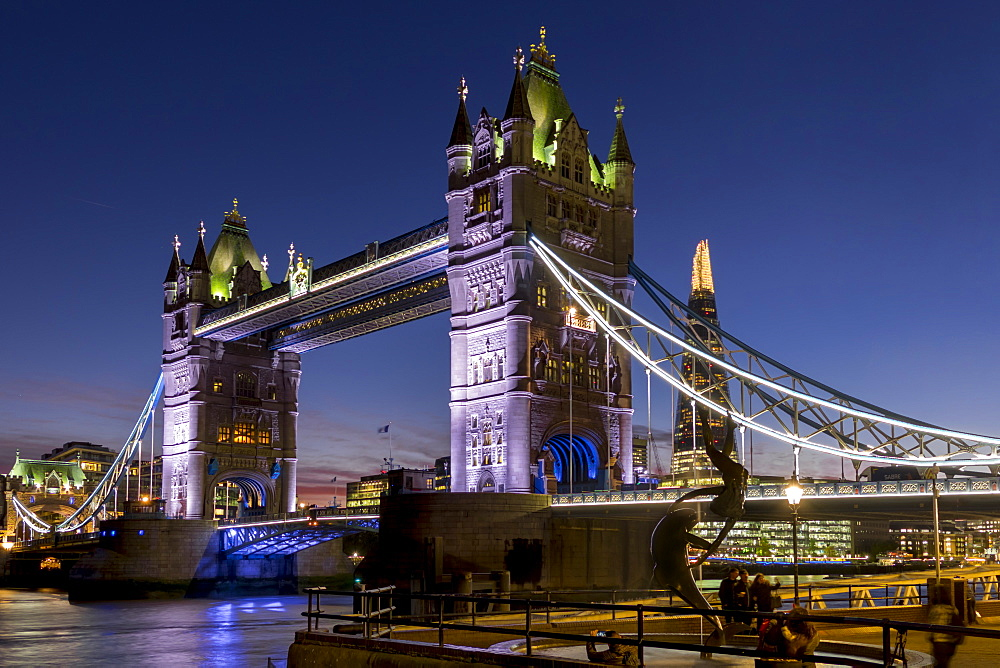 Tower Bridge and The Shard at dusk, London, England, United Kingdom, Europe - 367-6091