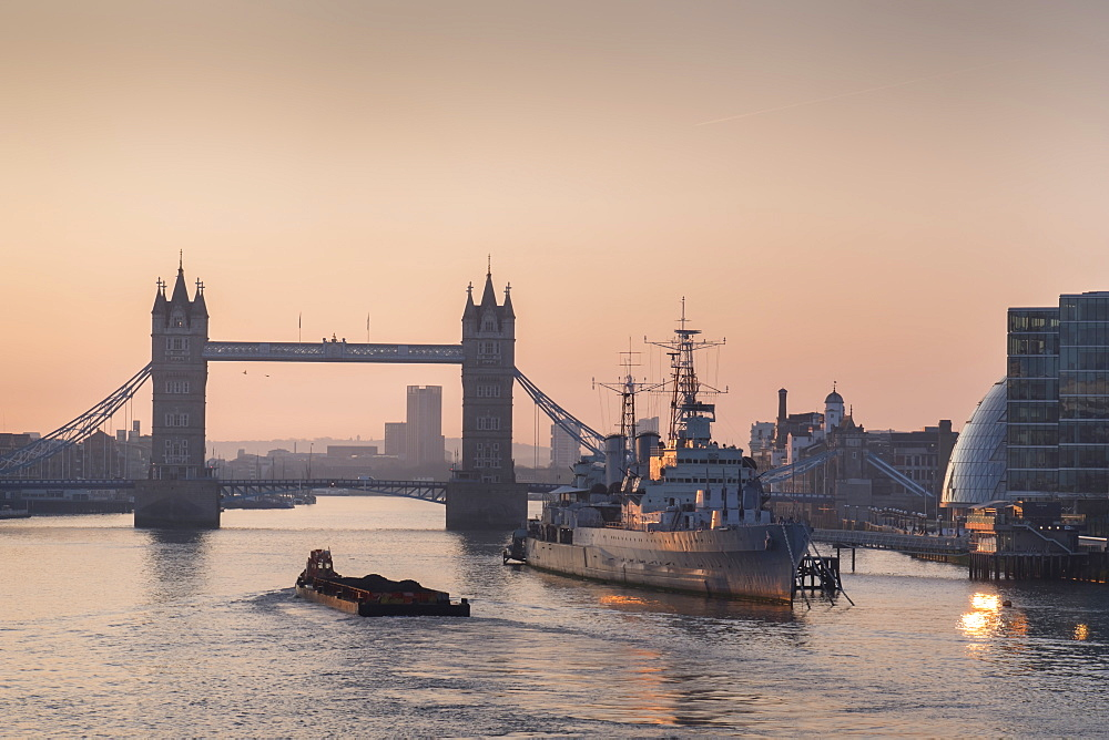 Tower Bridge at sunrise and River Thames, London, England, United Kingdom, Europe - 367-6251