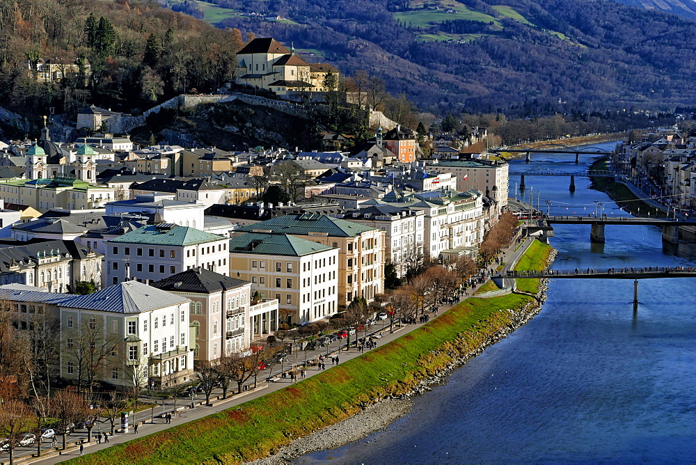 Salzach River and Kapuzinerberg Hill, Salzburg, Austria, Europe