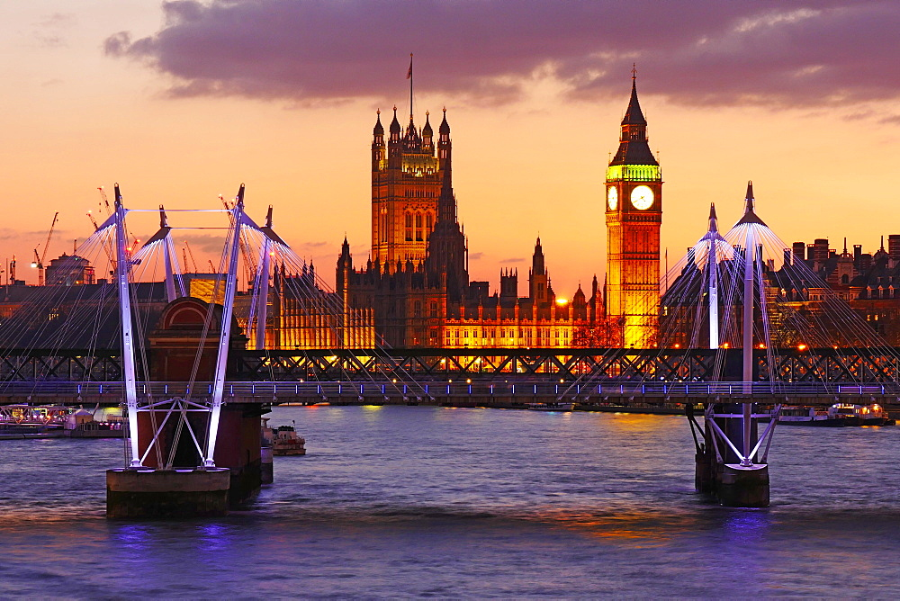 Skyline of London at dusk, with Big Ben and Houses of Parliament, London, England, United Kingdom, Europe
