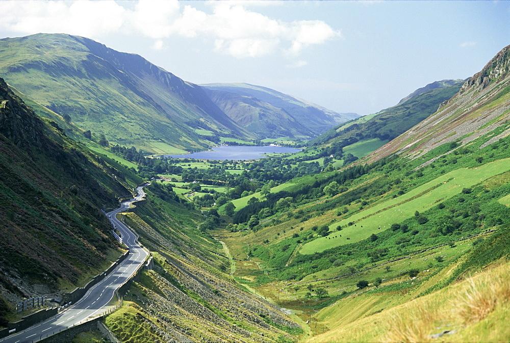 Tal-y-Llyn valley and pass, Snowdonia National Park, Gwynedd, Wales, United Kingdom, Europe