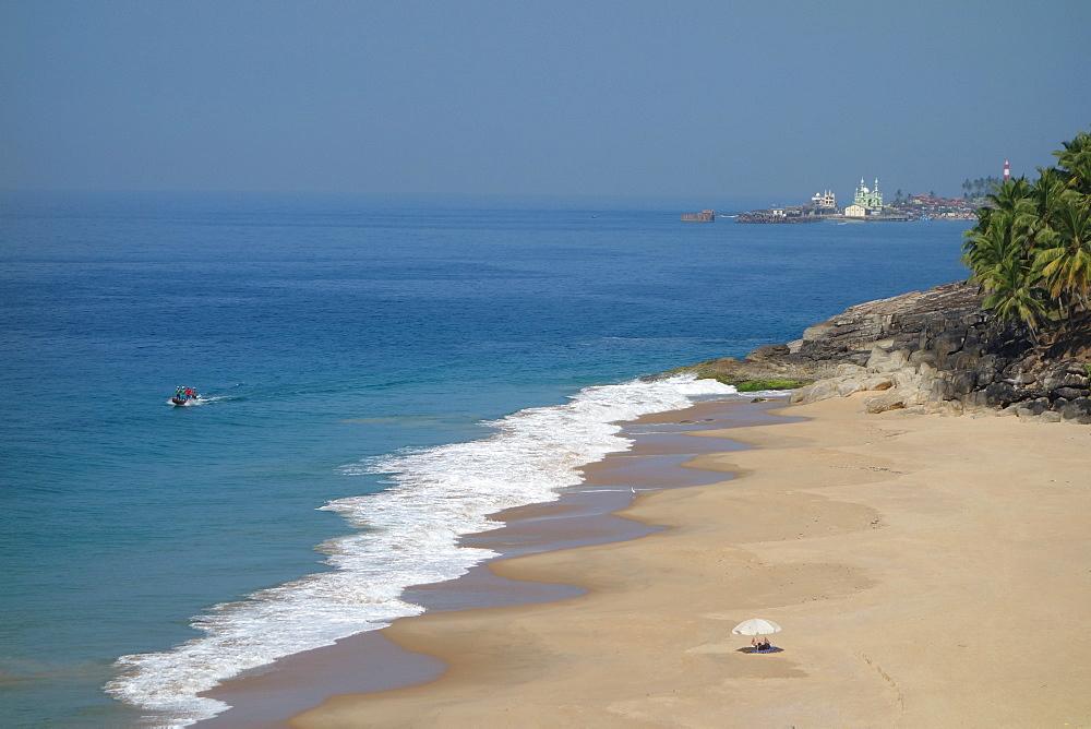 Beach and ocean, Niraamaya, Kovalam, Kerala, India, Asia