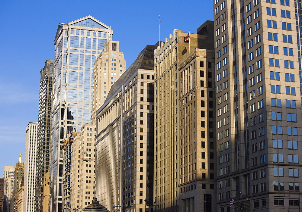 Buildings along West Wacker Drive, Chicago, Illinois, United States of America, North America