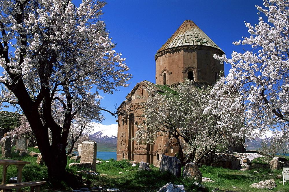 Armenian Church of Holy Cross, Akdamar Island, Lake Van, Anatolia, Turkey, Asia Minor, Eurasia