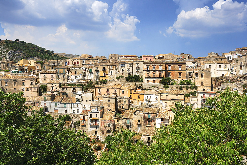 Ragusa, view of old town - 526-3830
